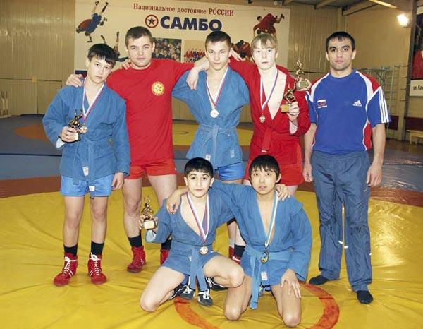 (слева направо) Н. Шевченко, Р. Нурисламов, А. Слободянюк, Д. Гарифуллин, С. Аббасов – в верхнем ряду, Н. Мамедов и А. Манапов