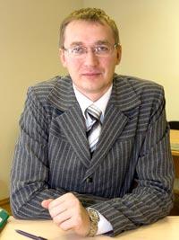 В. Тельнов на рабочем месте