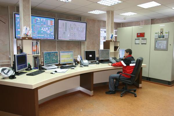в операторной УПН «Уса-Тяжелая нефть» – одном из крупнейших объектов по подготовке нефти усинского ТПП