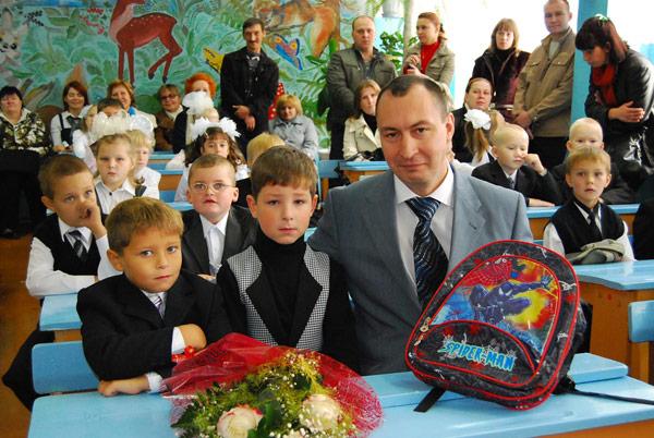 В. Нестеров с первоклассниками