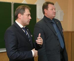 Н. Кулябов (слева) и С. Новоселов
