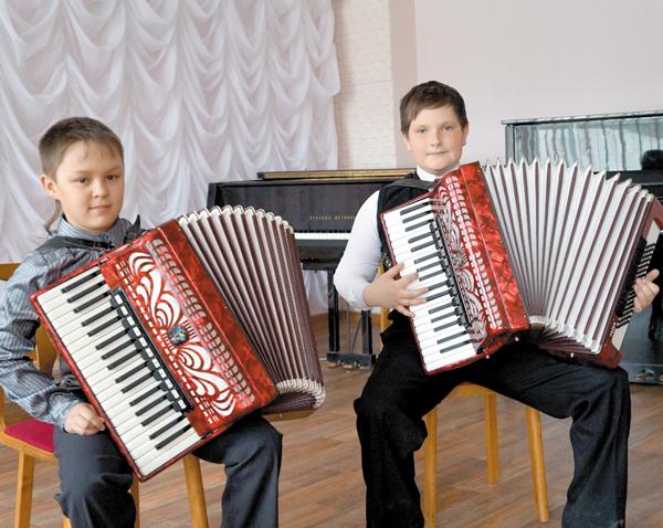 В. Заборонок (слева) и Д. Лазарев