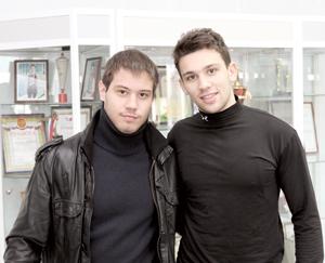 Д. Кулябов (слева) и В. Плотичкин в Усинске