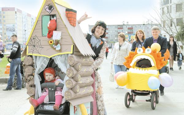 Парад колясок в Усинске