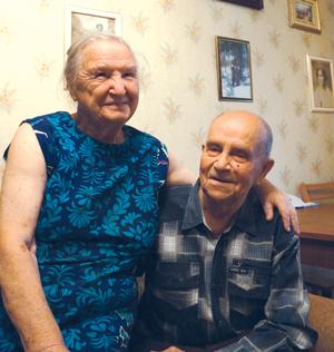 Лев Николаевич и Елизавета Петровна