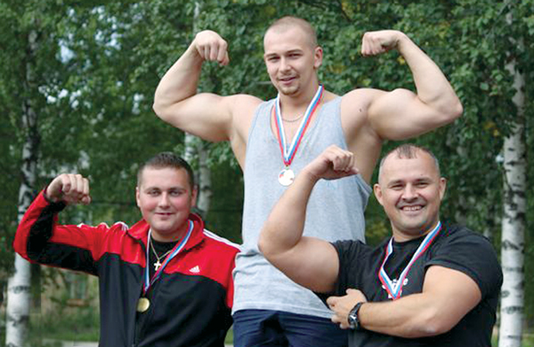 (cлева направо) Андрей Хорошилов, Семен Подойницын, Илья Карпов