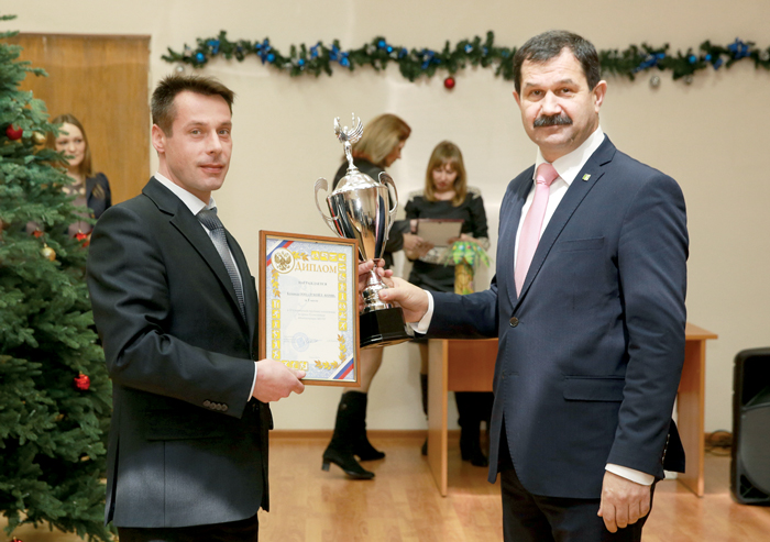 А. Еремеев и С. Хахалкин