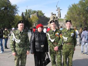 юнармецы (слева направо) В. Ладанов, И. Дуркин, И. Осипов и Ж. Михеева