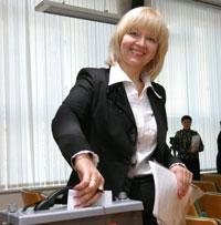 юбиляр Татьяна Капийчук во время тайного голосования