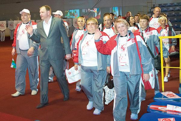 руководители делегации и спортсмены команды «Север»