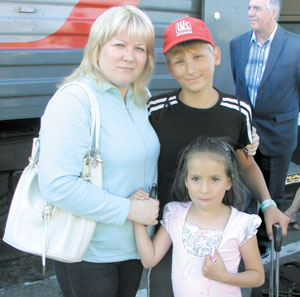 Е. Бычихина с детьми