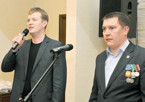 И. Шарапов и А. Ружников приветствуют гостей