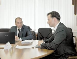 И. Ковзель (справа) и Н. Кулябов