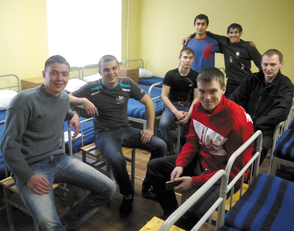 Усинские ребята на сборном пункте