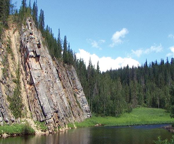 Такие виды реки Шар-ю способны привлечь в Усинск, пожалуй, любого туриста