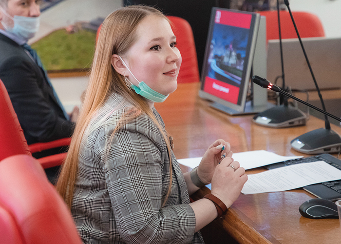 Юлия Арысланова
